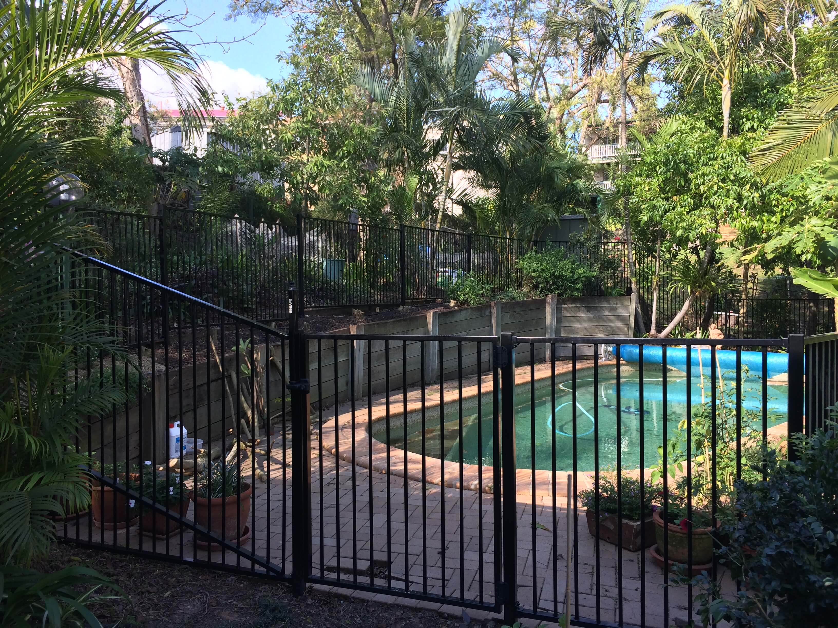 mewald building pool fence gate entry