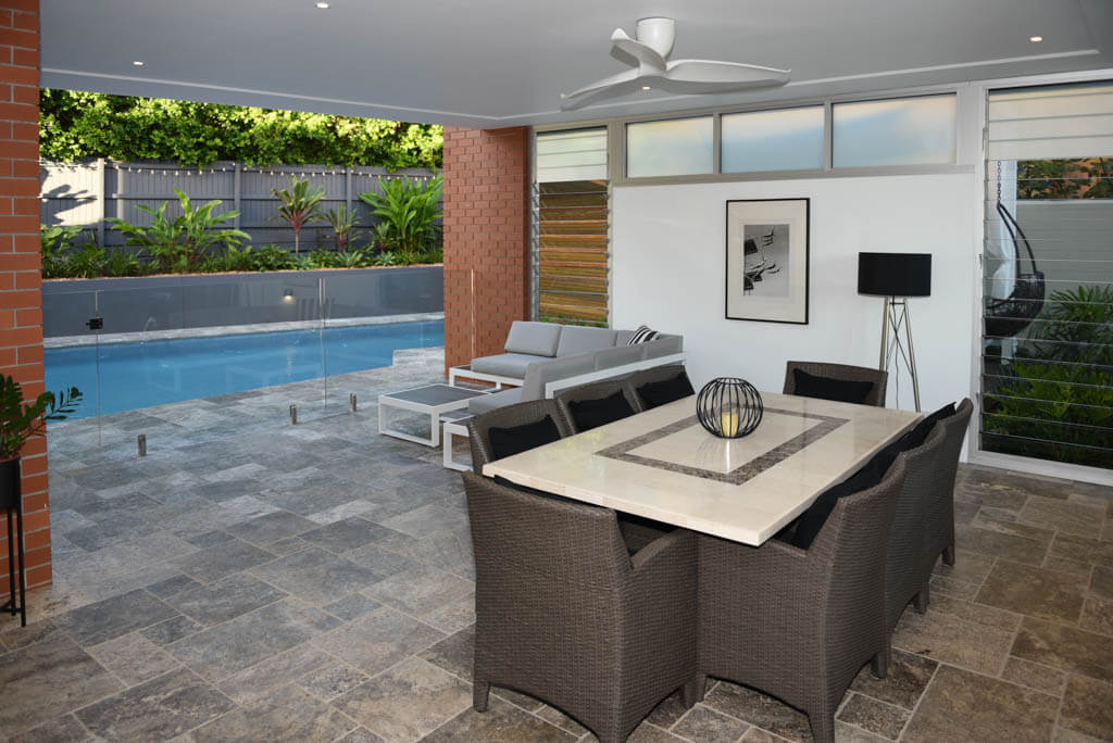 Entertaining Area OverLooking Pool